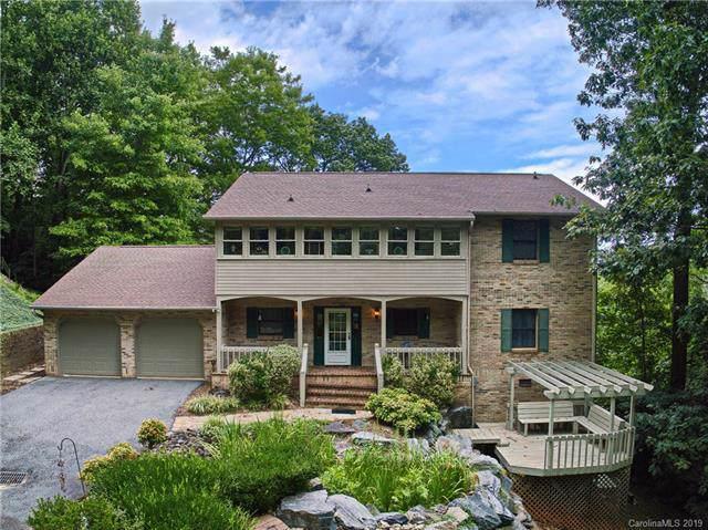 815 Summit Farm Lane, Hendersonville, NC 28739 (#3537307) :: Keller Williams Professionals