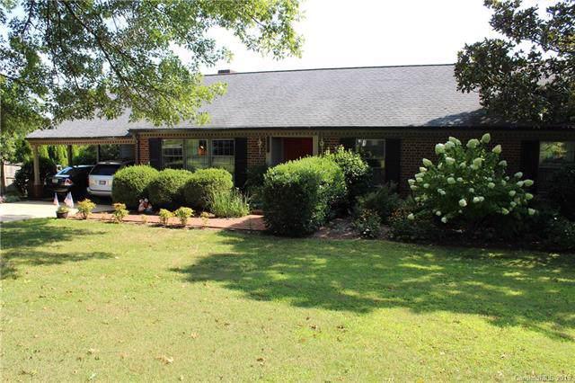 107 Grandview Court, Morganton, NC 28655 (#3537443) :: Rinehart Realty