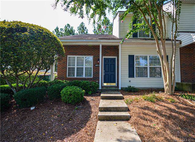 16951 Turning Stick Court, Charlotte, NC 28213 (#3537792) :: Besecker Homes Team