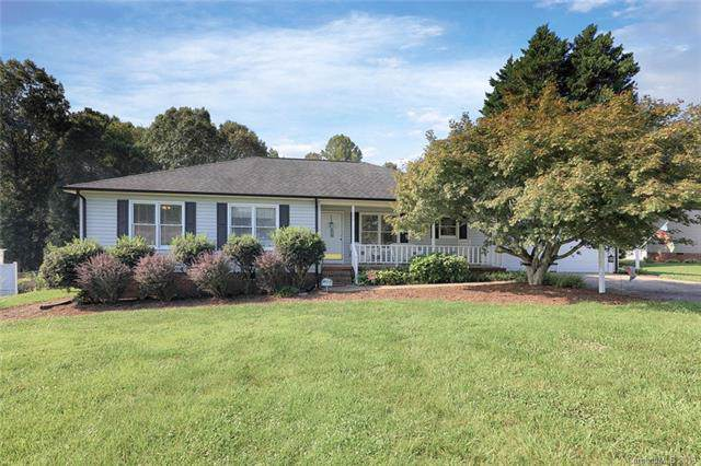 173 Antler Drive, Statesville, NC 28625 (#3538146) :: Rowena Patton's All-Star Powerhouse