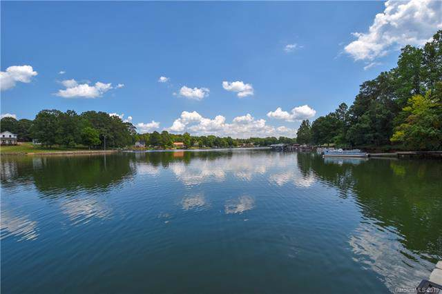 3706 Dockside Lane, Sherrills Ford, NC 28673 (#3538282) :: LePage Johnson Realty Group, LLC