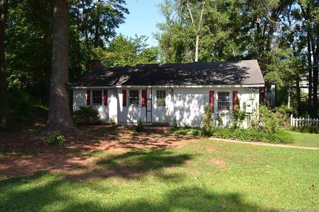 4608 Mcclure Road, Charlotte, NC 28216 (#3538521) :: Besecker Homes Team