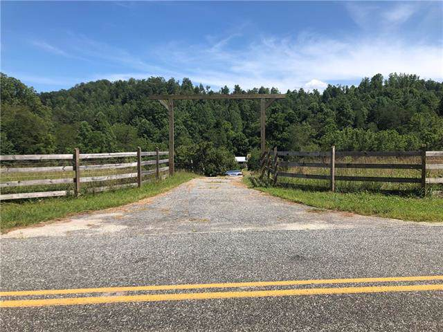 3196 Blue Creek Road, Lenoir, NC 28645 (#3538671) :: The Ramsey Group