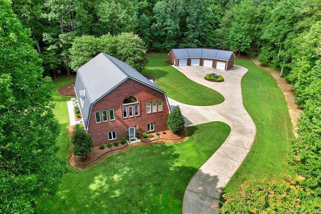 6606 Old Concord Road, Salisbury, NC 28146 (#3538684) :: Puma & Associates Realty Inc.