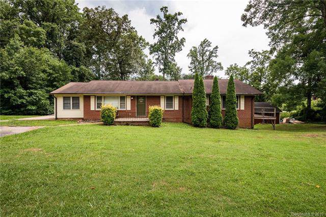 605 Westland Farm Road, Mount Holly, NC 28120 (#3538784) :: Roby Realty