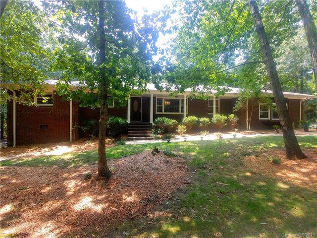 8109 Cedarbrook Drive, Charlotte, NC 28215 (#3538841) :: LePage Johnson Realty Group, LLC