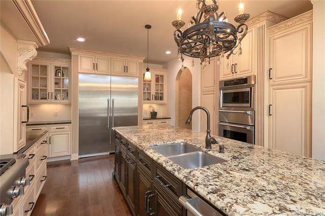 21425 Crown Lake Drive, Cornelius, NC 28031 (#3538930) :: High Performance Real Estate Advisors