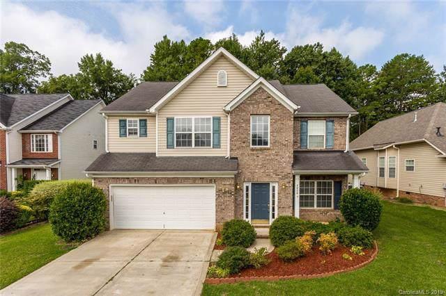 3026 Windsor Meadow Lane, Matthews, NC 28105 (#3539235) :: Carlyle Properties