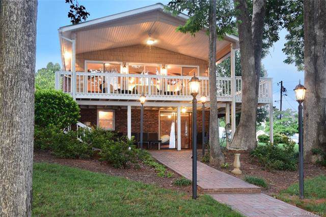 108 Peninsula Road, Mount Gilead, NC 27306 (#3539487) :: BluAxis Realty