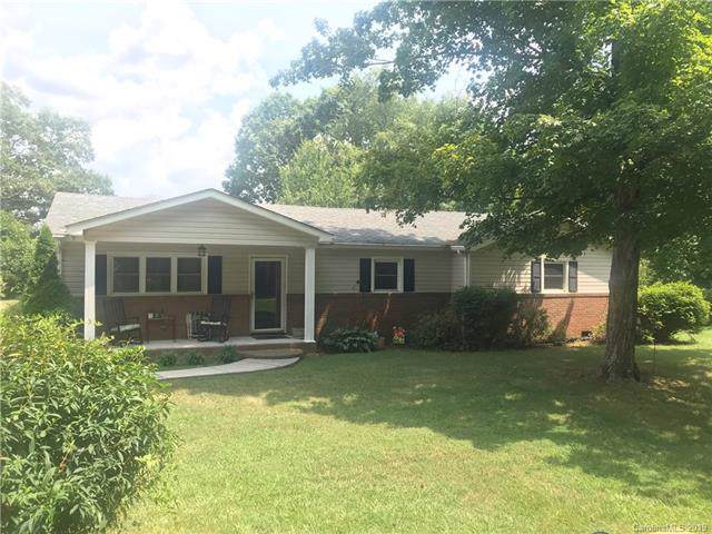 107 Vance Street, Mount Holly, NC 28120 (#3539524) :: Roby Realty