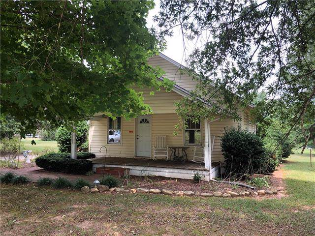 451 Cedar Woods Road, Taylorsville, NC 28681 (#3539601) :: Rinehart Realty