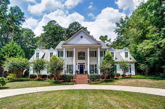 4518 Glen Oaks Drive, Matthews, NC 28104 (#3539849) :: LePage Johnson Realty Group, LLC