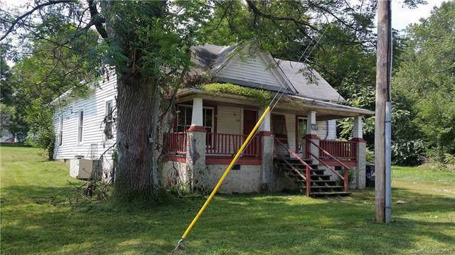 1330 5th Street, Statesville, NC 28677 (#3539946) :: LePage Johnson Realty Group, LLC