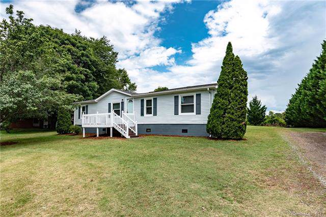2781 Twin Meadows Drive, Hudson, NC 28638 (#3540004) :: Miller Realty Group