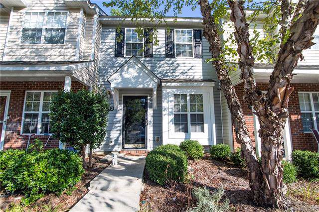 8242 Rudolph Road, Charlotte, NC 28216 (#3540126) :: Carlyle Properties