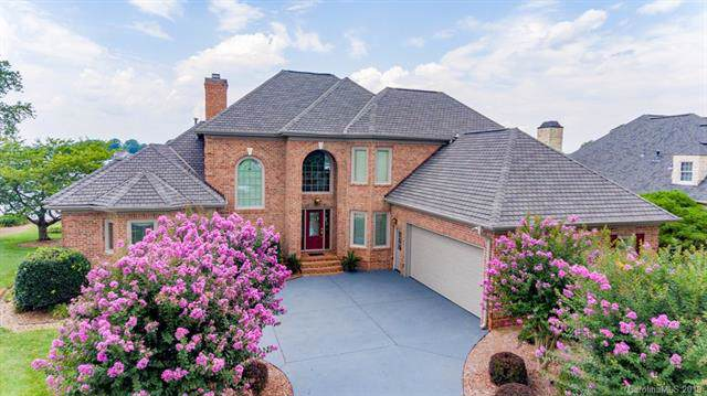 7107 Windaliere Drive, Cornelius, NC 28031 (#3540138) :: LePage Johnson Realty Group, LLC