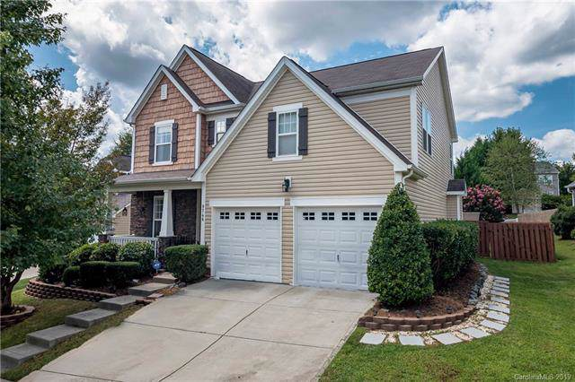 9746 Long Hill Drive, Charlotte, NC 28214 (#3540179) :: Carlyle Properties