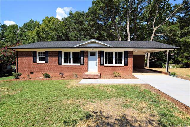 2112 Hollandale Drive, Gastonia, NC 28054 (#3540198) :: Homes Charlotte