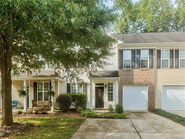 723 Torrey Pines Lane, Fort Mill, SC 29715 (#3540228) :: Scarlett Real Estate