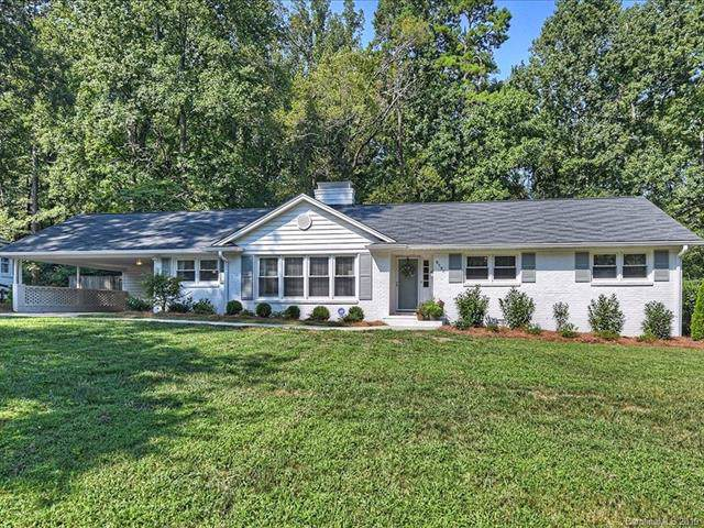 5154 Lincrest Place, Charlotte, NC 28211 (#3540232) :: Besecker Homes Team