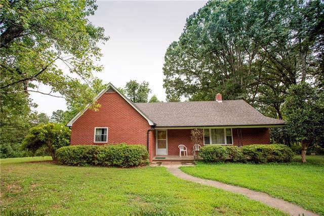 3480 Pax Hill Road, Morganton, NC 28655 (#3540319) :: Roby Realty