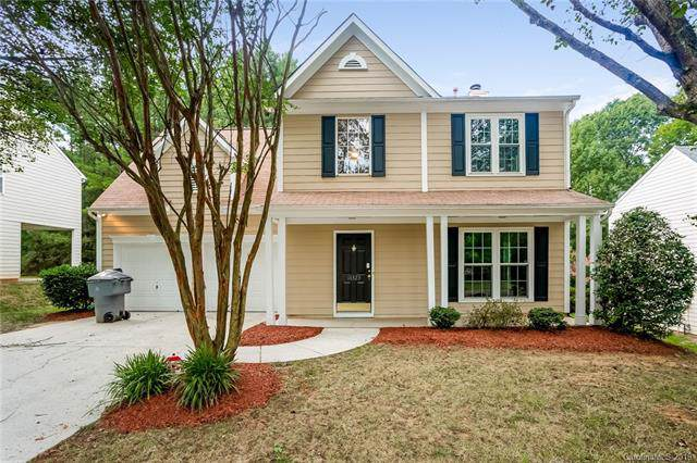 11323 Fox Hill Drive, Charlotte, NC 28269 (#3540370) :: Besecker Homes Team