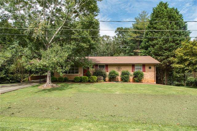 3444 38th Street Drive NE, Hickory, NC 28601 (#3540514) :: High Performance Real Estate Advisors
