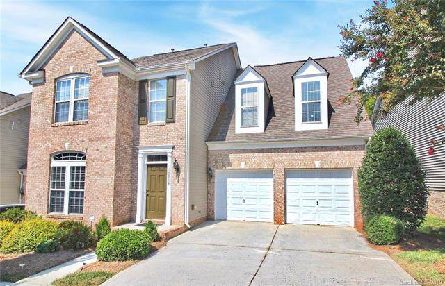 10233 Linksland Drive, Huntersville, NC 28078 (#3540584) :: Besecker Homes Team