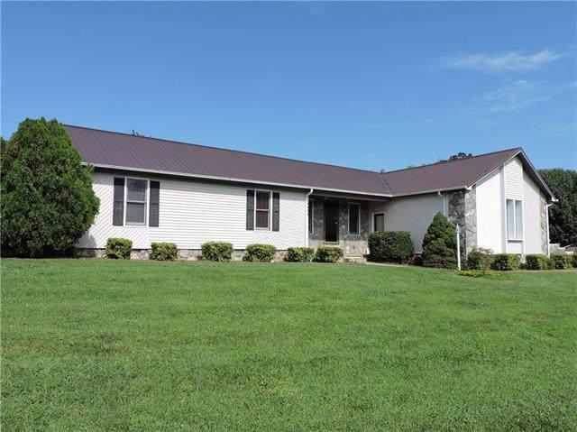 4498 Magnolia Lane, Hudson, NC 28638 (#3540632) :: Miller Realty Group
