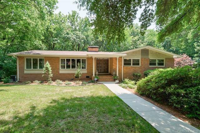 7126 Hillside Lane, Charlotte, NC 28226 (#3540687) :: Carlyle Properties