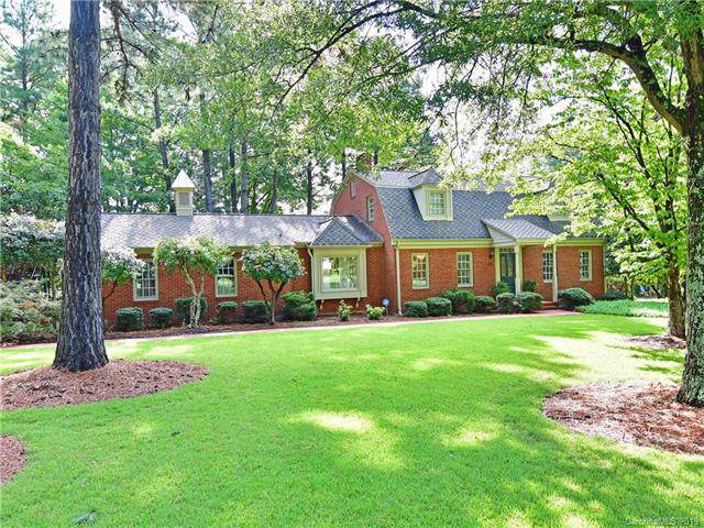 261 Gleneagles Road E, Statesville, NC 28625 (#3540732) :: Charlotte Home Experts