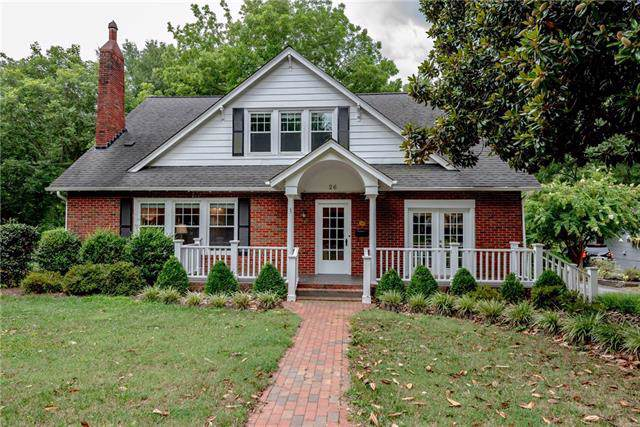26 8th Avenue NE, Hickory, NC 28601 (#3540755) :: Zanthia Hastings Team