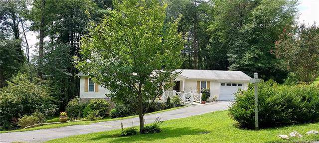 300 Greystone Drive, Hendersonville, NC 28792 (#3540763) :: BluAxis Realty