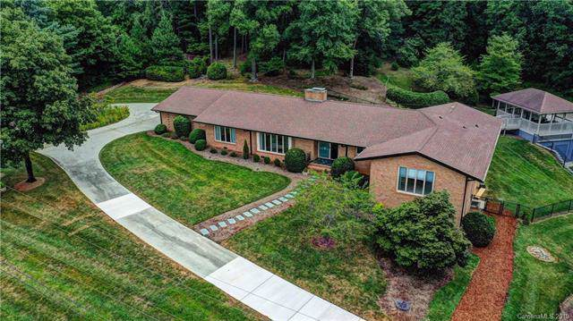 776 Williamsburg Drive NE, Concord, NC 28025 (#3540886) :: Odell Realty