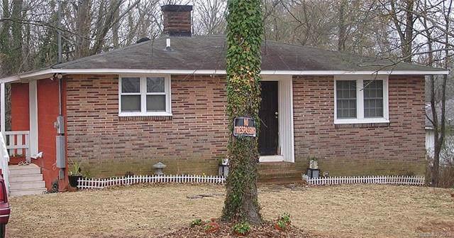 716 Lincoln Street, Lincolnton, NC 28092 (#3540943) :: LePage Johnson Realty Group, LLC