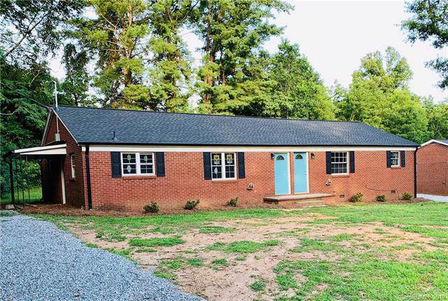 3018 & 3020 Church Street, Claremont, NC 28610 (#3540962) :: Homes Charlotte
