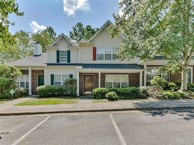 640 Emerald Cove Drive, Charlotte, NC 28262 (#3541141) :: Odell Realty