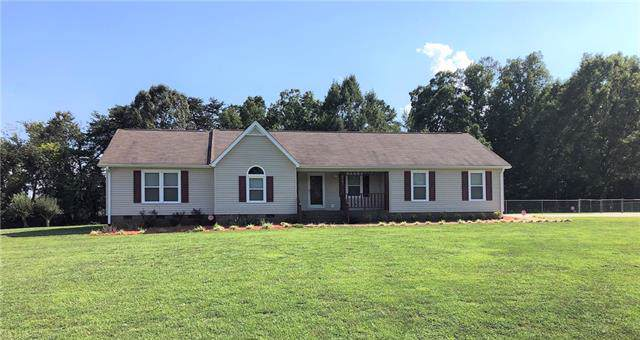 2783 Devonshire Road, Newton, NC 28658 (#3541160) :: The Ramsey Group