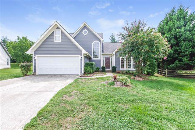 6822 Flat Creek Drive, Charlotte, NC 28277 (#3541178) :: Washburn Real Estate