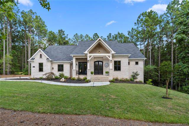 6109 Chimney Bluff, Lancaster, SC 29720 (#3541228) :: Rowena Patton's All-Star Powerhouse