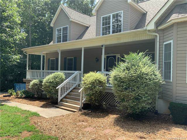 15820 Youngblood Road, Charlotte, NC 28278 (#3541300) :: Keller Williams South Park