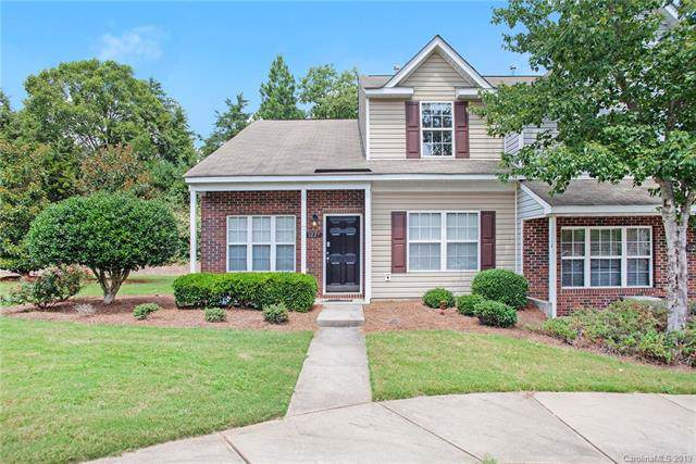 3227 Blythe Ridge Court, Charlotte, NC 28213 (#3541323) :: Besecker Homes Team