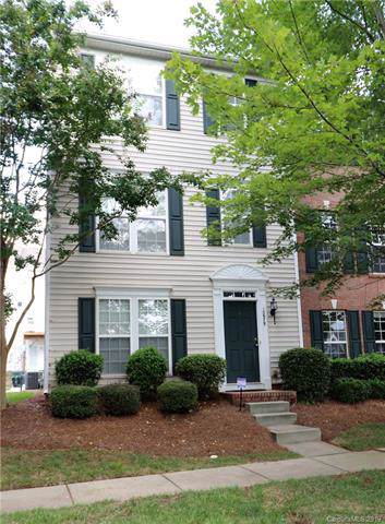 15679 King Louis Court, Charlotte, NC 28277 (#3541387) :: Roby Realty