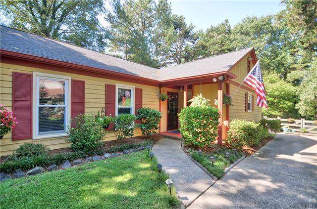 6001 Falstaff Drive, Charlotte, NC 28227 (#3541514) :: Homes Charlotte