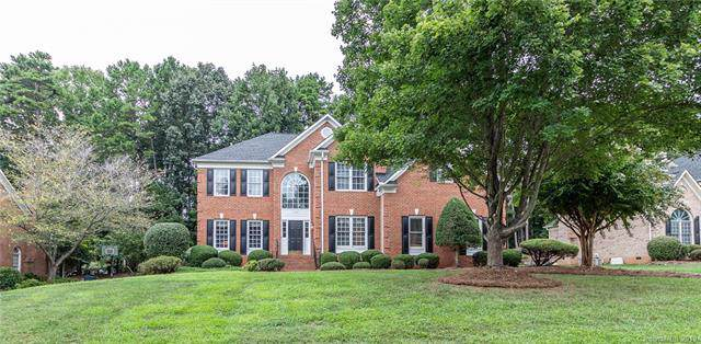 1624 Cape Fear Court, Matthews, NC 28105 (#3541738) :: Carlyle Properties