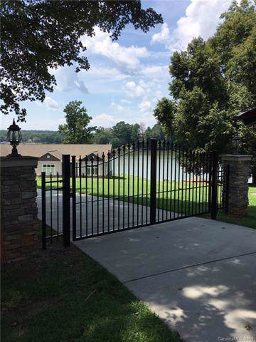 112117 Windy Grove Road, Charlotte, NC 28278 (#3541813) :: The Ramsey Group
