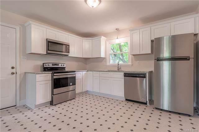 4636 Pineleaf Drive, Charlotte, NC 28269 (#3541924) :: Puma & Associates Realty Inc.