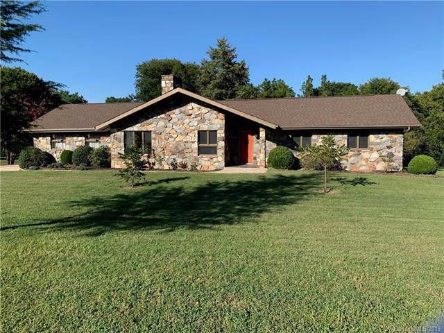 4312 Wrangler Drive, Concord, NC 28027 (#3541989) :: MartinGroup Properties
