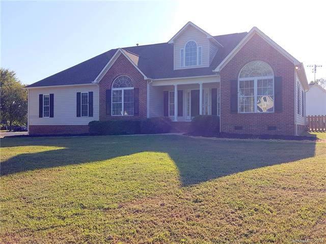 316 Quinn Road #2316, Clover, SC 29710 (#3541997) :: Homes Charlotte