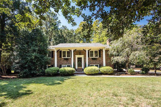 6601 Lynn Avenue, Charlotte, NC 28226 (#3542177) :: Miller Realty Group